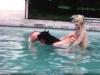 Marie-Pierre Pruvot (Bambi) - Dans la piscine
